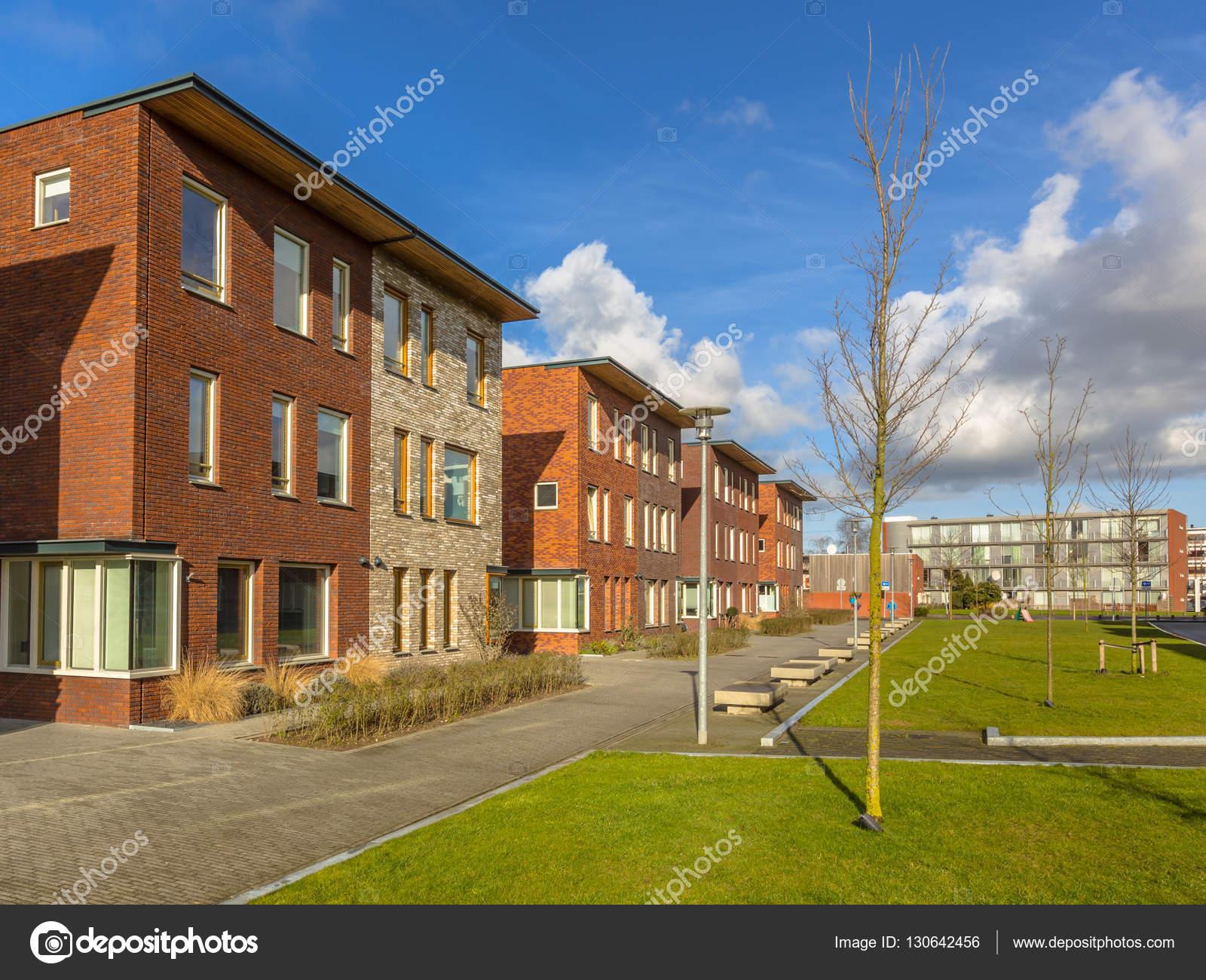 Casa Grande com 2 Pavimentos